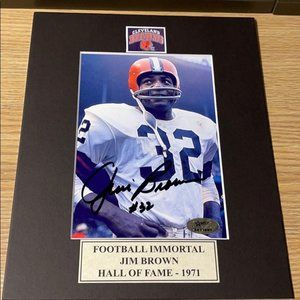 Jim brown Cleveland browns signed photo matted